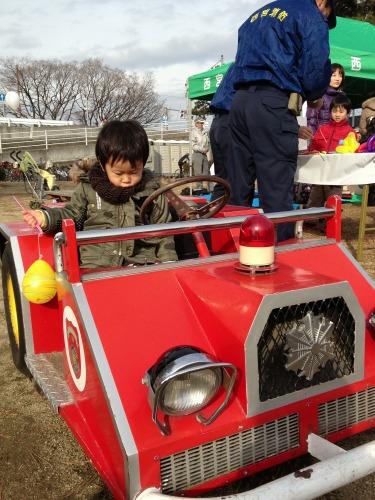 ミニ消防車1